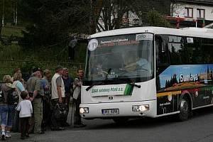 zelené autobusy na Šumavě