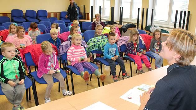 Hasiči v Klatovech četli dětem.