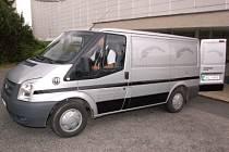 Klatovská pohřební služba má k dispozici nový vůz.