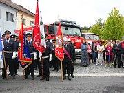 Hasiči ve Strážově se dočkali nového auta.