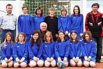 Ve Vřeskovicích je házená oblíbeným sportem a svými výkony to dokazuje i družstvo starších žákyň.