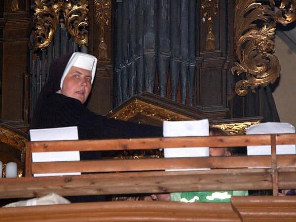 Noc kostelů v horažďovickém kostele sv. Petra a Pavla