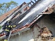 V pondělí vypukl ve Skránčicích velký požár hospodářského stavení.