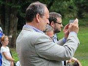 Slavnostní otevření další obnovené části Mercandinových sadů v Klatovech.