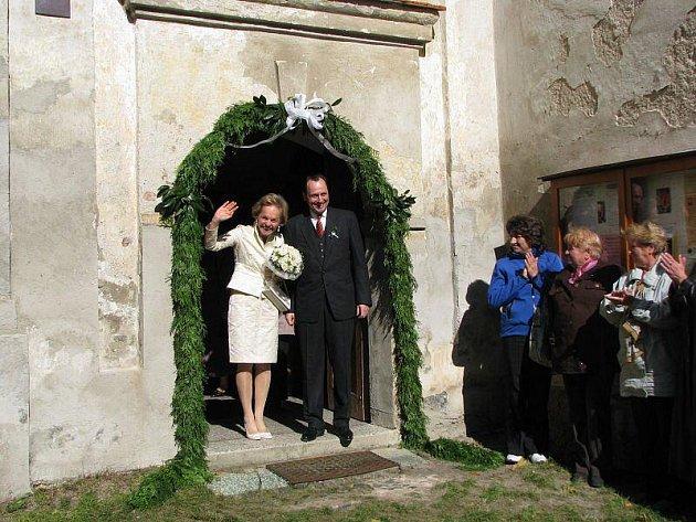 Czernínové slavili v Chudenicích stříbrnou svatbu.
