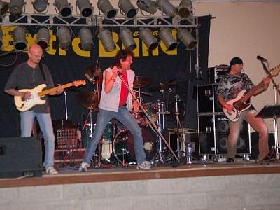 Extra band revival, ilustrační foto