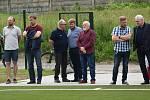 Fotbalové hřiště s umělou trávou bylo slavnostně otevřeno.