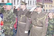 Slavnostní vojenský nástup na klatovském náměstí