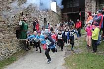 Zamykání hradu Velhartice - 20. ročník běhu o hradní klíč