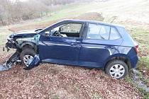 Složky integrovaného záchranného systému musely v pondělí odpoledne zasahovat mezi obcemi Týnec a Luby na Klatovsku, kde havaroval se svou škodovkou osmašedesátiletý řidič z Klatovska.