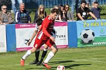 SK Klatovy 1898 (v červeném) vs. MFK Dobříš 1:1.