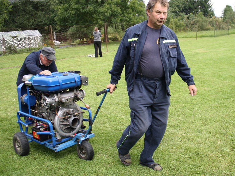 Setkání mladých hasičů v Lomci u Klatov