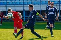 Fotbalisté SK Klatovy 1898 B (na archivním snímku hráči v červených dresech) deklasovali soupeře z Dobřan jednoznačně 8:2.