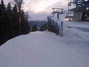Šedesát až devadesát centimetrů sněhu leží před nadcházejícím víkendem na sjezdovkách areálu Ski&Bike Špičák.