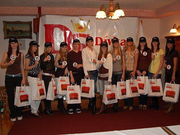 Finalistky soutěže Dívka Šumavy 2008.