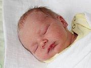 Matyáš Opalecký ze Svéradic (2630 g, 45 cm) se narodil v klatovské porodnici 3. dubna v 7.55 hodin. Rodiče Vendula a Miroslav přivítali prvorozeného očekávaného syna na světě společně.
