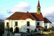 Kostel v Nezdicích.