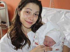 Ondřej Šícho z Klatov (3590 gramů, 54 cm) se narodil v klatovské porodnici 1. října v 8.56 hodin. Rodiče Lucie a Dan věděli, že Kubíček (3) bude mít brášku.