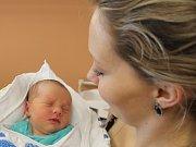 Marek Maxa zNedanic (2920 g, 48 cm) se narodil vklatovské porodnici 10. září v16.44 hodin. Rodiče Petra a David přivítali svého syna na svět společně.