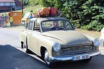 Sraz socialistických vozidel na Hnačově