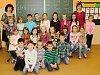 Prvňáci z Masarykovy základní školy v Janovicích nad Úhlavou.