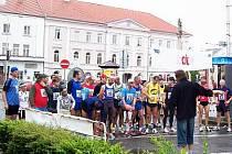 Na start horažďovického běhu se postavilo čtyřicet pět závodníků.