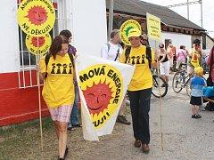 Protestní akce Na kole a pěšky ohroženou krajinou.
