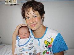 Štěpán Lukeš z Klatov (3150 gramů, 51 cm) se narodil v klatovské porodnici 2. července ve 23.11 hodin. Rodiče Marta a Štěpán věděli dopředu, že Kateřině (2) přinesou domů brášku. Synka na svět rodiče přivítali společně.