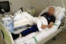 Divák Rábských strkaček Milan Pokorný, do kterého naboural jeden ze závodníků