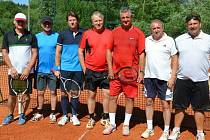 V Pačejově už deset let hrají tenis, daří se i fotbalu.