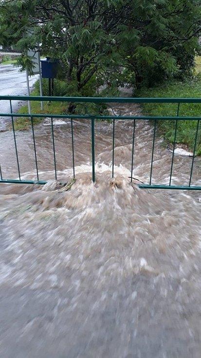 Blesková povodeň v Březí u Čachrova.