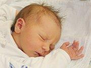 Natálie Kopačková ze Zelené Lhoty (3720 g, 49 cm) se narodila v klatovské porodnici 10. června ve 4.40 hodin. Rodiče Kateřina a Stanislav věděli, že Bára (5) a Terezka (1,5) budou mít sestřičku.