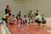 Klatovští florbalisté (na archivním snímku z turnaje v Tachově) ve čtvrtek hrají v hale v Kunraticích dva zápasy populárního Czech Open.