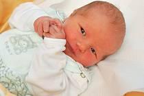 Sam Houdek z Horažďovic (3220 g) se narodil ve strakonické porodnici 25. prosince v 5.51 hodin. Rodiče Petr a Markéta se těšili na prvorozeného syna. Foto: Ivana Řandová