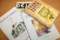 Učebnice.