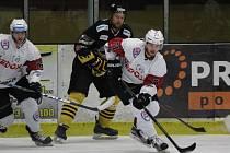 2. liga 2016/2017: SHC Klatovy (bílé dresy) - HC Baník Sokolov 11:1
