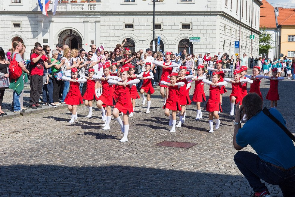 Klatovské mažoretky Modern se zúčastnili postupové oblastní soutěže v Žatci.