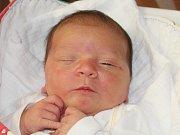 Viktorie Šilingová z Dolců (4170 g, 55 cm) se narodila v klatovské porodnici 3. dubna v 17.42 hodin. Rodiče Simona a Pavel přivítali očekávanou dceru na světě společně. Na sestřičku se těší Nela (2).