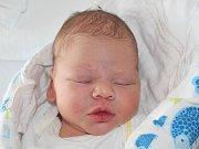Matyáš Altschmied z Dlouhé Vsi (3390 g, 52 cm) spatřil světlo světa v klatovské porodnici 3. března ve 14.10 hodin. Z narození syna se radují rodiče Pavlína a Miloslav. Při porodu mamince pomáhala její maminka.