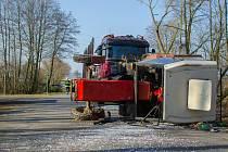 Dopravní nehoda u Tedražic.