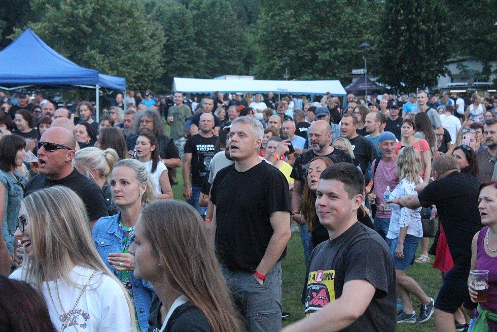Extra Band revival a Brutus v Klatovech.