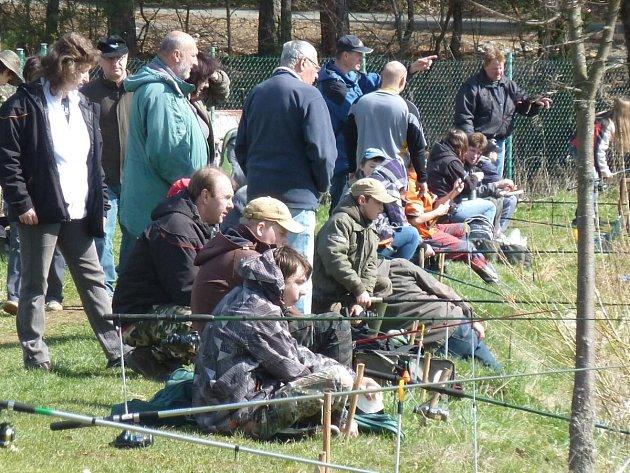 Dětské rybářské závody v Divišově