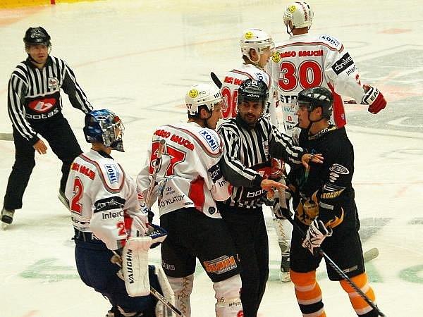 Z utkání Sokolov - Klatovy