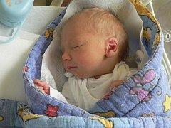 Filip Kodýdek z Defurových Lažan se narodil ve strakonické porodnici 1. prosince v 8.04 hodin. Vážil 2 840 gramů. Doma se na brášku těší sestřička Petra (10).