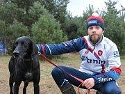 Michal Ženíšek se psem Kvapem na mistrovství světa v Polsku.