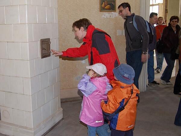Prohlídky na zámku Červené Poříčí