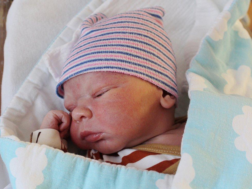 Pavel Huda z Budětic se narodil v klatovské porodnici 29. ledna v 0.13 hodin (4010 g, 55 cm). Pohlaví prvorozeného miminka znali rodiče Kateřina a Pavel dopředu.