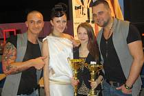 Monika Herrmanová a Veronika Tomanová s Jakubem Syllte (vlevo) a Pavlem Filandrem.