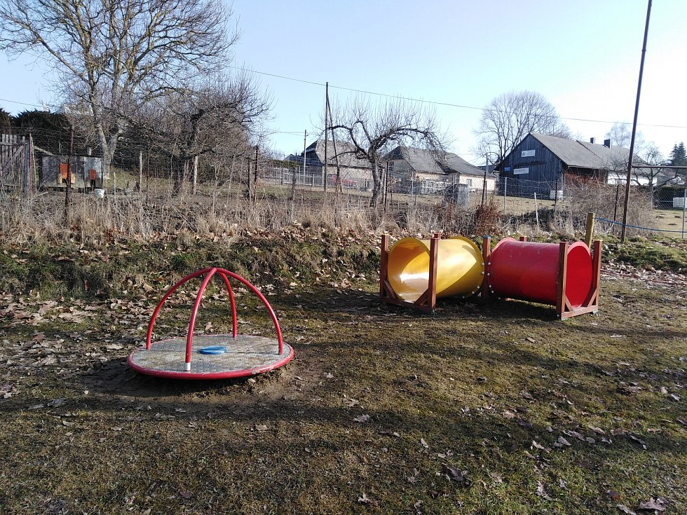 Investice dělané městysem Dešenice.