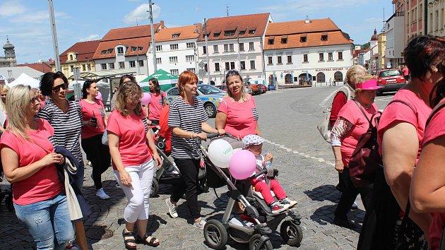 Avon pochod v Klatovech 2019